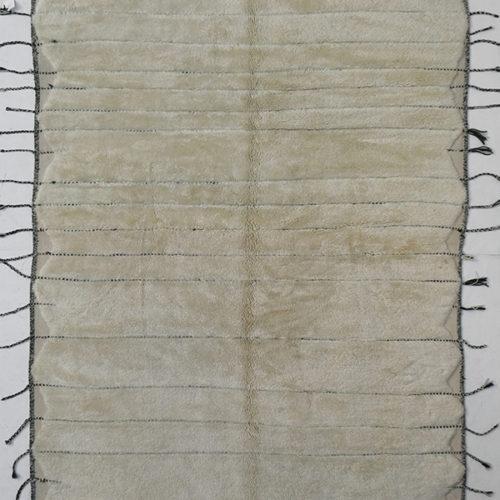 KK191 = 350cm x 242cm (138'' x 95'')