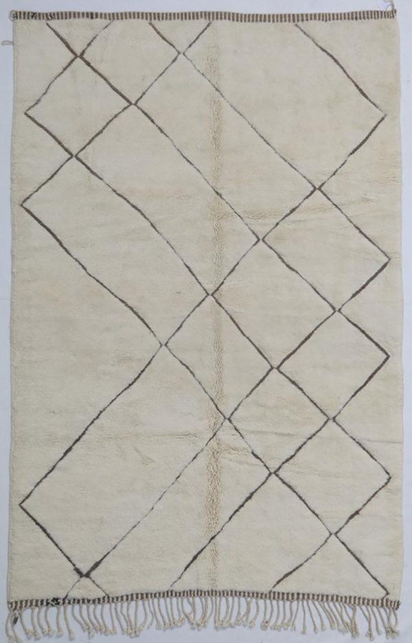 KK567 = 300cm x 200cm (118'' x 79'')